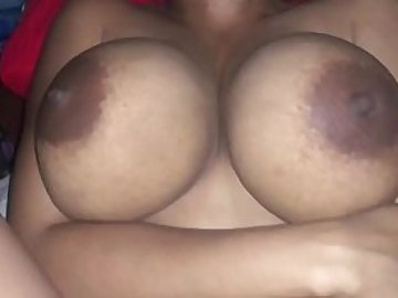 Juicy Boobs Celina